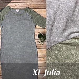 LuLaRoe Julia Dress in XL